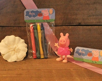 Peppa Pig Crayon Party Favors Set of 10
