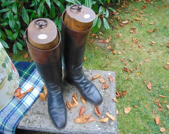 FREE UK POSTAGE! Vintage leather riding boots complete with lasts