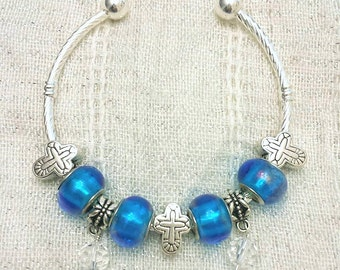 Cross Charm Glass Dangle Blue Glass Beads Silver Plated Lined Bangle Bracelet 7.5 Inches