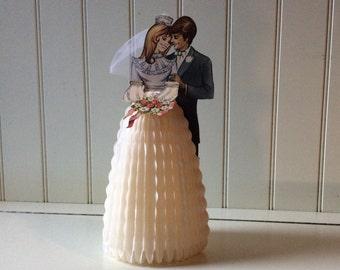 1950's Bride & Groom / Tissuepaper Honeycomb Foldout / Paper Emphera / Honeycomb Bride and Groom/ Wedding Decorations / Wedding Collectibles
