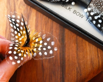 Feather Flower Pin, Feather lapel pin, Wedding Flower, Flower gift, Feather Hat Pin, Feather Brooch, Flower Pin, Floral Pin, Guinea Fowl Pin