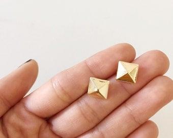 FLASH SALE 20% OFF* Pyramid Stud Earrings- minimal earrings/ minimalist studs/ modern studs/ small gold square studs/ little stud earrings