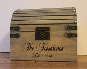 Wedding card box with lockability and slot in top; Lockable card box, Wedding Treasure Chest