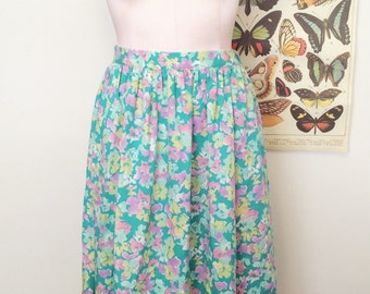 SALE! 1980s 1990s perfect pastel floral high waisted midi skirt
