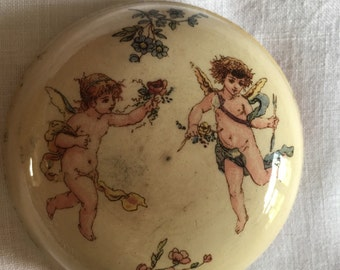 Vintage French box. Jewelry or pill box. Round box. Cupids. Angels. Decorative jewelry box. Ceramic box. Transferware.