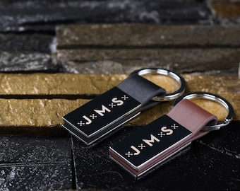 Customized Leather Engraved Monogrammed Keychain - Personalized Gift for Men Groomsmen Best Man Boyfriend Father's Day Birthday 88025mw00815