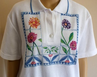 Teddi women short sleeve pullover top  floral print size small vtg. 80's
