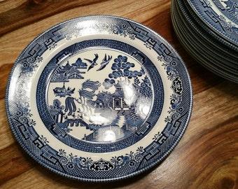 6 Dinner Plates for Linda