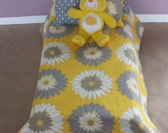 REDUCED!! Stylish Yellow and Grey Bedding Set Suitable For Your Favorite Fashion Doll!