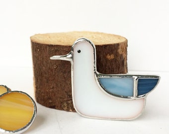 Stained glass brooch Seagull, Tiffany teqnique, glass brooch