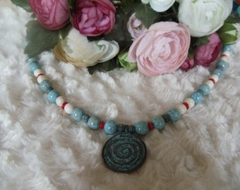Statement necklace hippie ethnic turquoise/white/red