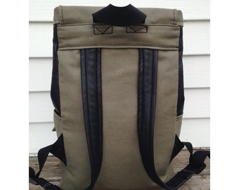 Full pocket Rucksack- byMRY
