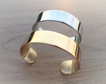 Brass bracelet gold or silver in gift box