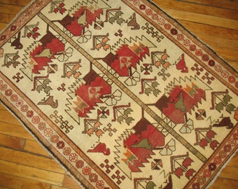 Antique Persian Hamedan Rug Size 3'x4'1''