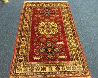 Best quality hand knotted kazak rug