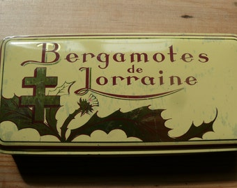 French Vintage Sweet Tin. Bergamotes de Lorraine, Cream Gold and Red 1950's Hinged Tin, in good condition.