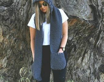 Grey Merino wool knit hood scarf. Hoodie scarf, Grey knit scoodie, Hooded scarf. Grey pocket scarf. Chunky knit scarf, knit hoodie.