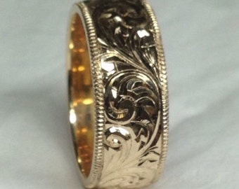 Hand Engraved 14K Gold Wedding Band.