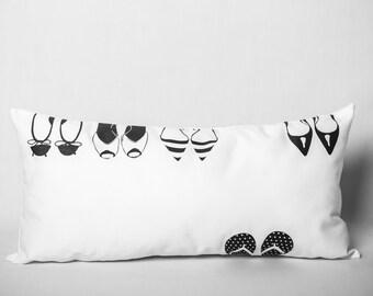 Cushion black & white: Flip Flop (shoes)