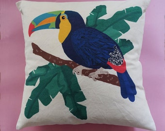 Toucan collection tropic, printed on natural cotton Cushion cover