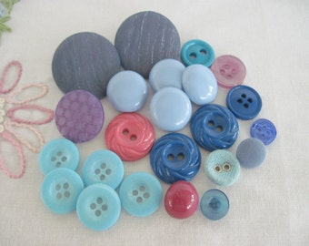 Mixed Lot Buttons, Mixed Buttons, Sewing Buttons, Vintage Buttons, Blue Buttons, Destash Buttons, 23 Buttons
