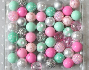 Gumball beads, Bulk Hot pink and mint chunky beads wholesale, Marie Antoinette party, 20mm Bubblegum beads 50 or 100 piece, Plastic beads