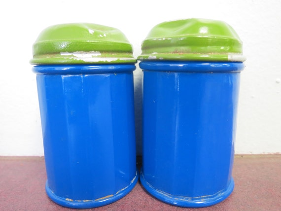 Gemco Glass Salt And Pepper Shakers