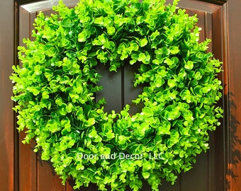 Boxwood wreath~Faux boxwood wreath~Fixer Upper~Wreath~outdoor wreath~boxwood~everyday wreath~winter wreath~year round wreath-door wreath