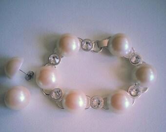 Pearl pearls bracelet and earrings set