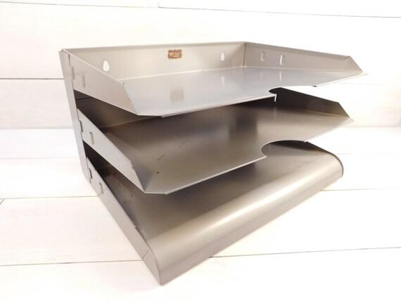 Kleiderstander Weis Metall ~ Vintage weis metal letter tray industrial office desk paper
