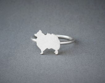 POMERANIAN RING / Pomeranian Ring / Silver Dog Ring / Dog Breed Ring / Silver, Gold Plated or Rose Plated.