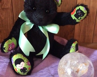 A stunning Ooak Halloween traditional mohair bear
