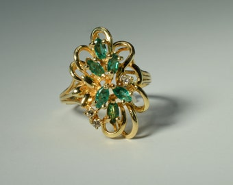 Vintage Emerald and Diamond Fancy Ornate Cluster Ring ~ Size 6.5