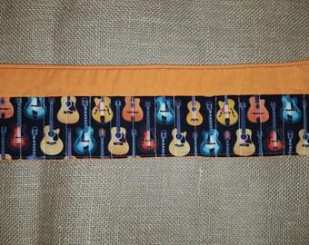Guitars-Orange-Crayon Roll-16 Count