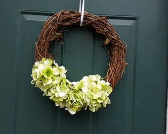Simple spring / summer wreath
