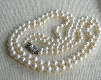 Vintage CULTURED pearls necklace Silver clasp ~Mikimoto style~