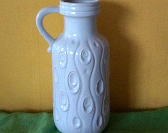 Great white pitcher vase decor  Coral  - Koralle  1970s by Scheurich Keramik 488 / 26,  West Germany. Singel handled.