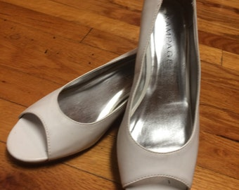 Vintage White Peep Toe Shoes, Size 7 1/2M, Rampage Isabelle