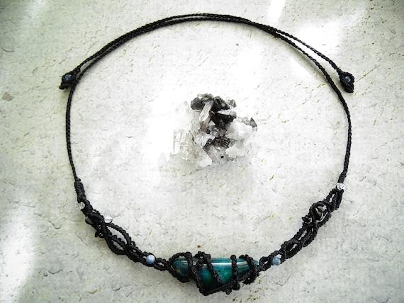 Chrysocolla Asymmetrical Short Macrame Necklace,Witchy Jewelry, Elf, Fairy, Goddess Energy, New Age Fashion, Boho, Hippie, マクラメネックレス,トライバル