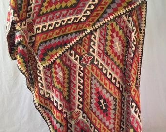 Fun bold vintage wool kilim rug from Turkey 5x9ft