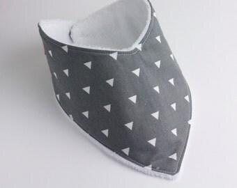 Gray Triangle Dribble Bib