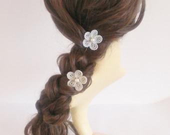 White flower hair pin, flower girl hair accessories, beaded flower hair pins, communion headpiece, first communion hair accessories, Ivory