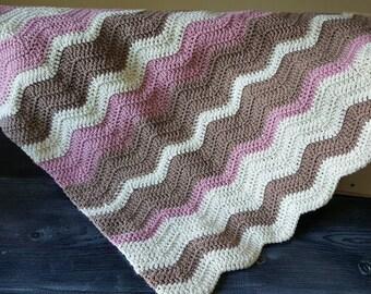 Baby Blanket -- Wavy Baby Blanket -- Chevron baby blanket