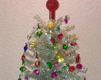 Retro style aluminum tinsel miniature tabletop Christmas tree, Shiny and Bright Mini Tabletop Tree, Office Desk Tree, No assembly requiredu