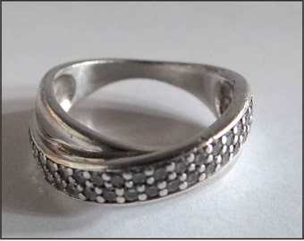 VINTAGE RING SILVER Sterling & shiny / ring vintage silver and cubic zirconia / engagement ring.