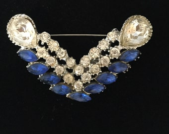 On sale! Dazzling 1940's Costume Victory Pin