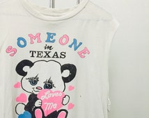 Somebody in Texas loves me Thin cropped Tee