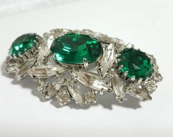 Vintage Brooch with white and green rhinestones/Vintage jewelry