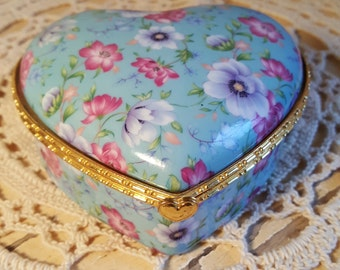 Vintage Heart Jewelry Box Glass