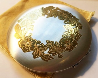 Vintage Compact, Zell 5th Avenue Round Compact, NOS, Zell Fifth Avenue Silverplate, Etched Flowers, Powder & Mirror Compact in Original Box